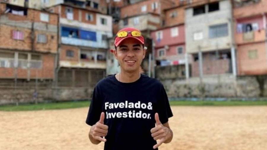 Em suas redes sociais, Murilo Duarte tenta derrubar o mito de que apenas ricos podem fazer investimentos - Arquivo Pessoal