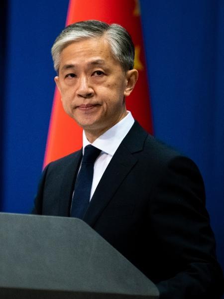 """Acusações têm """"único objetivo de difamar a China"""", disse Wang Wenbin, porta-voz do Ministério de Relações Exteriores - Artyom Ivanov/TASS via Getty Images"""