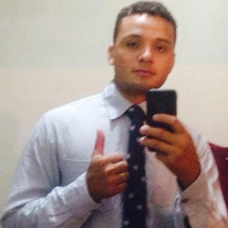 9.jun.2016 - Aldo de Sousa Carvalho, 28, natural de Picos (PI). Piauiense, era estudante do 2º ano de engenharia. Deixa dois filhos e mulher