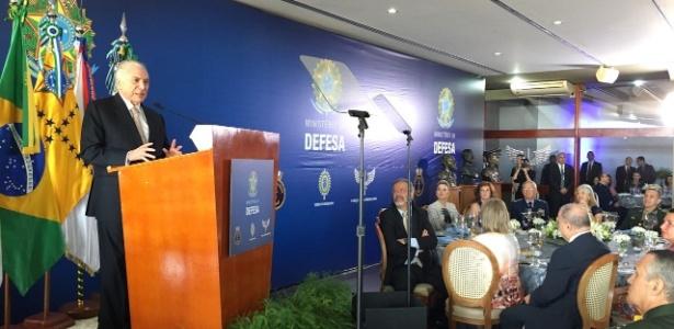 Michel Temer discursa em cerimônia de apresentação dos oficiais promovidos, na segunda (18) - Divulgação/Twitter do Planalto