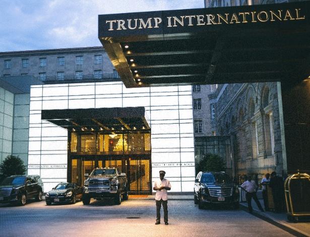 O Trump International Hotel, em Washington, foi um destino obrigatório para doadores e outros que buscaram encontrar familiares de Trump e contatos privilegiados