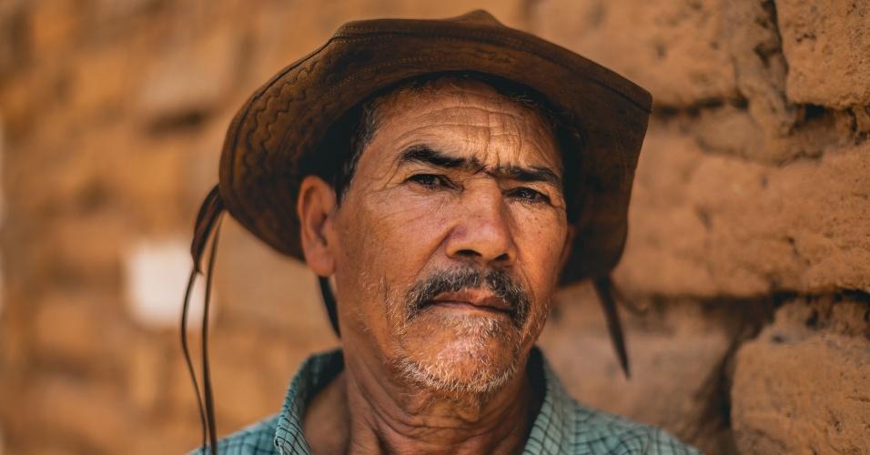 Moradores criam o gado solto em áreas comuns na comunidade de Fundo de Fecho de Pasto, no oeste da Bahia