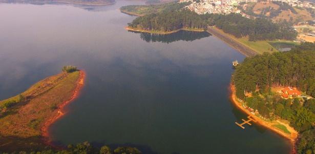 Vista da represa Atibainha, em Nazaré Paulista, interior de SP, neste sábado - Luis Moura/WPP/Estadão Conteúdo