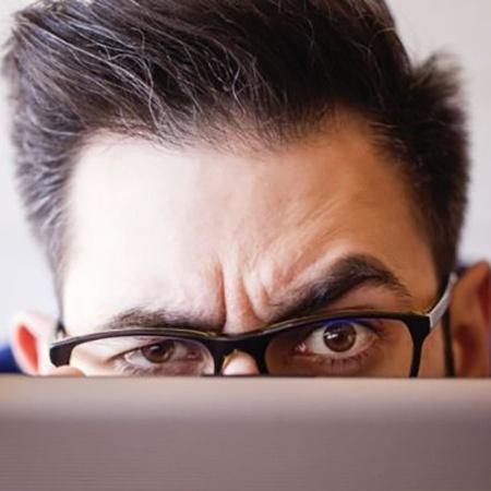 """Pesquisa britânica identificou o perfil do funcionário """"marqueteiro"""": aquele que se vende muito bem, mas não faz nada de útil - Getty Images"""