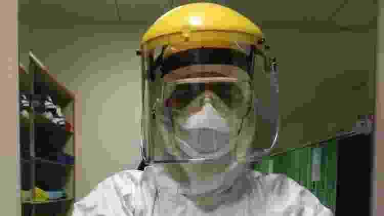 Messina e colegas têm que trabalhar com traje especial - Antonio Messina - Antonio Messina