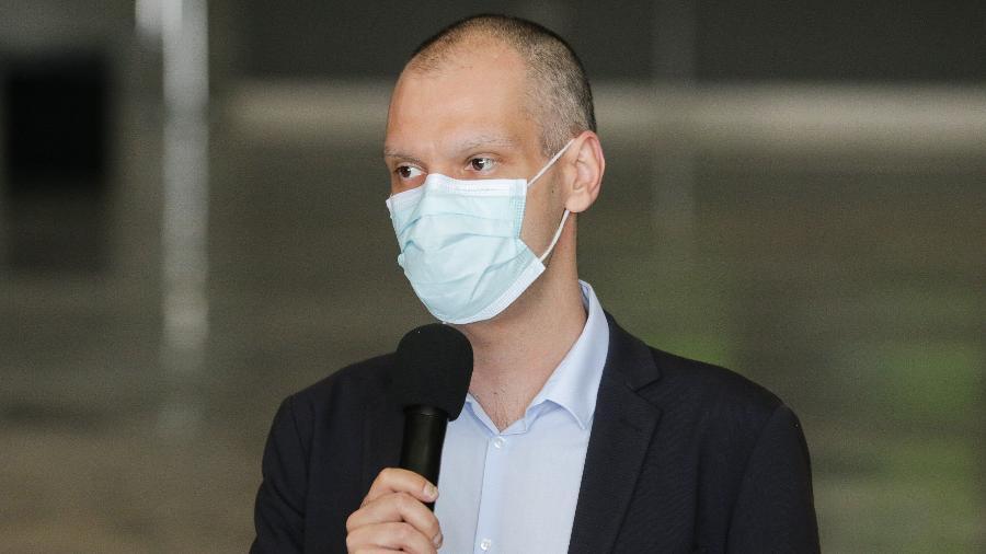 O prefeito de São Paulo, Bruno Covas (PSDB-SP), durante coletiva de imprensa sobre a crise do coronavírus - Paulo Gueret/Agência O Dia/Estadão Conteúdo