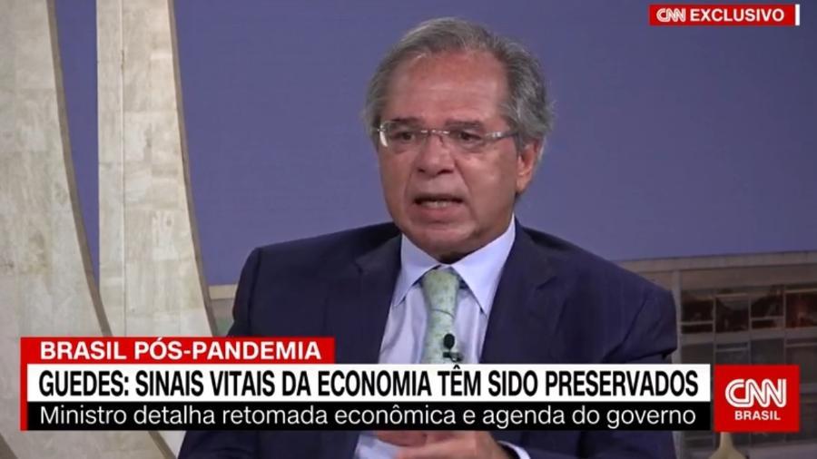 Paulo Guedes durante entrevista ao vivo na CNN Brasil - Reprodução