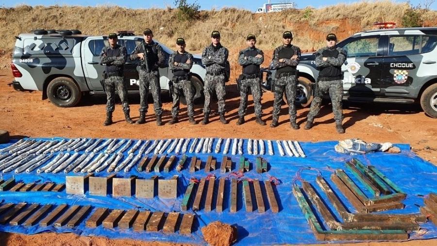 Policiais militares retiraram 98 explosivos espalhados por Araçatuba pelos criminosos - Divulgação/PM-SP