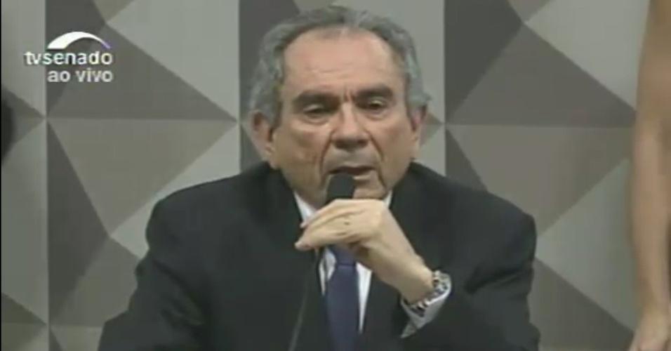 26.abr.2016 - O senador Raimundo Lira (PMDB-PB) é eleito presidente da comissão especial de impeachment que analisa o afastamento da presidente Dilma Rousseff