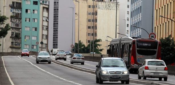 Viaduto Doutor Plínio de Queiroz, em São Paulo - Sérgio Castro/Estadão Conteúdo