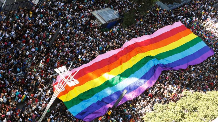 Artistas e anônimos defendem toda forma de amor independente da orientação sexual de cada um - LEONARDO BENASSATTO/FRAMEPHOTO/ESTADÃO CONTEÚDO