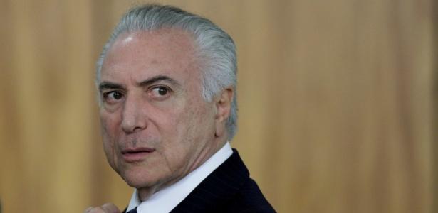Seis dos sete deputados do PSDB devem votar contra Temer na CCJ