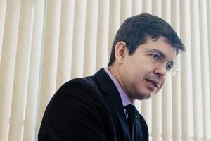Randolfe: Processo de impeachment de Bolsonaro é 'irresponsabilidade atroz'  (Foto: Diego Bresani/UOL)