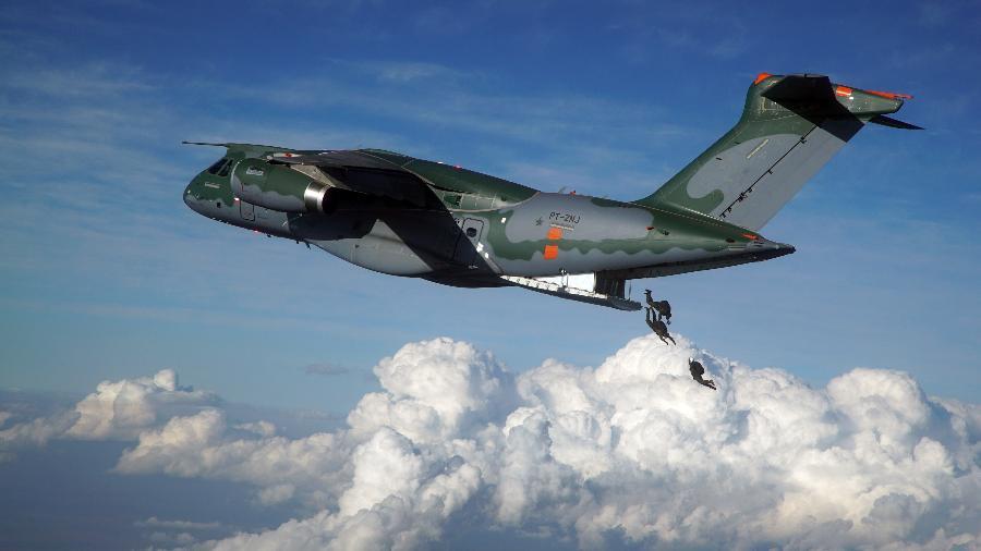 Primeira unidade do avião multimissão KC-390, da Embraer, foi entregue à Aeronáutica no começo de setembro - Divulgação/Embraer