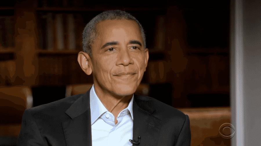 O ex-presidente dos Estados Unidos Barack Obama em entrevista para Stephen Colbert - Reprodução/YouTube