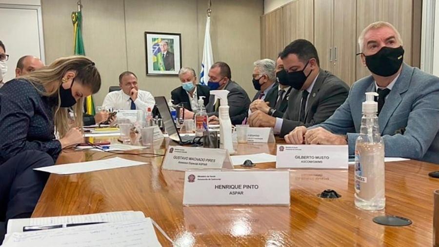 O ministro da Saúde, Eduardo Pazuello, em reunião com prefeitos  - Divulgação/MS