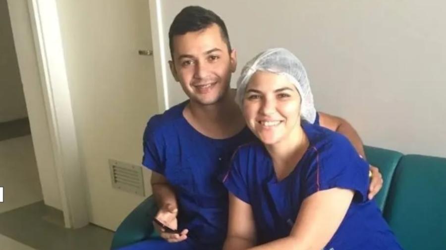 Proposta de casamento em UTI covid, no Ceará, partiu da enfermeira Dayse Rodrigues Carneiro para  Francisco Carlos Henrique Mesquita  - Dayse Carneiro/ Arquivo Pessoal