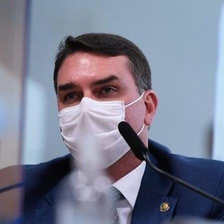 """Flávio Bolsonaro: """"Não temos tempo a perder. Estamos avaliando alternativas como PP, PL e Republicanos"""" - Agência Senado"""