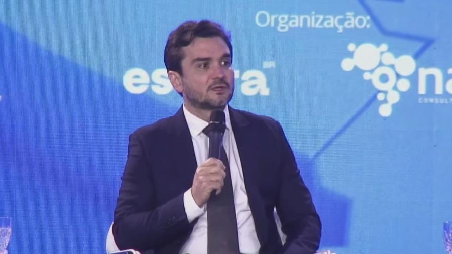 Deputado federal Celso Sabino, relator da reforma tributária na Câmara, durante debate na CNI - Reprodução/YouTube/CNI