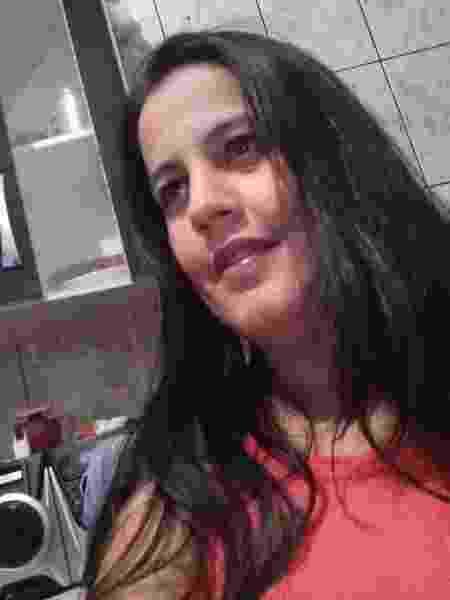 Lucimara Pedrosa, 42, do Jardim Guarani, em São Paulo, nunca teve a carteira de trabalho assinada  - Arquivo pessoal - Arquivo pessoal