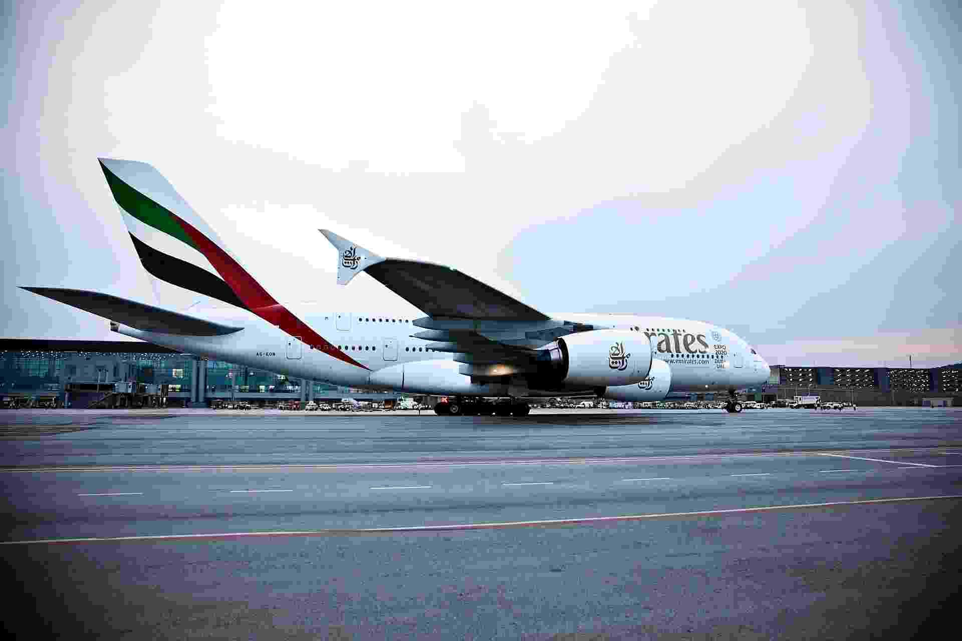 O A380, maior avião de passageiros do mundo, fez um único voo comercial para São Paulo desde Dubai, nos Emirados Árabes - Lucas Lima/UOL