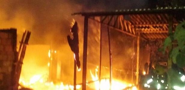 Um templo de religião de matriz africana foi incendiado  - Divulgação/Corpos de Bombeiros do DF