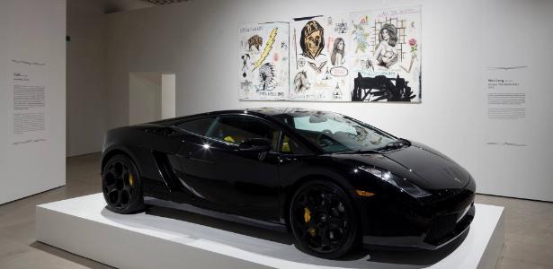 Museu dinamarquês permite que os visitantes risquem este carro que custa R$ 1,6 milhão