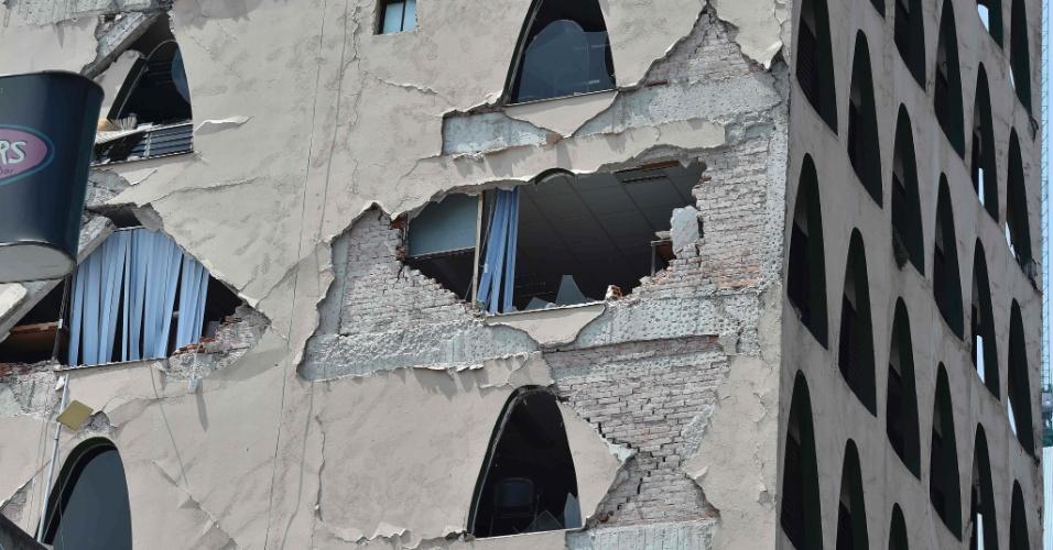 19.set.2017 - Parte de prédio fica destruída após forte terremoto atingir a Cidade do México