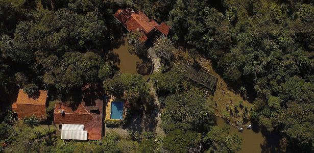 24.mai.2017 - Vista aérea do sítio frequentado pelo ex-presidente Lula em Atibaia, no interior de São Paulo