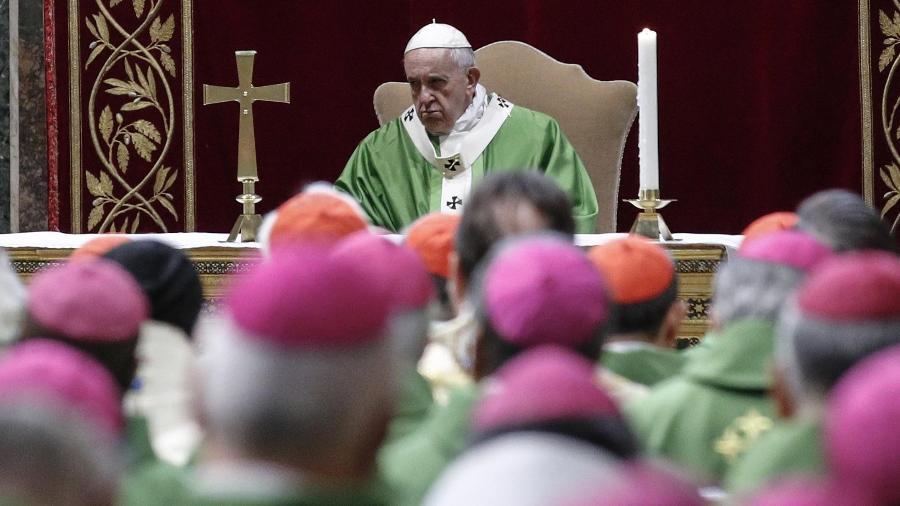 Papa Francisco durante a cúpula da Igreja Católica sobre abuso sexual de menores por padres, em Roma - Giuseeppe Lami/AFP
