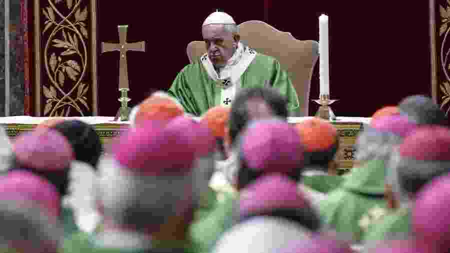 Papa Francisco durante a cúpula da Igreja sobre abuso sexual de menores por padres, em Roma - Giuseeppe Lami/AFP