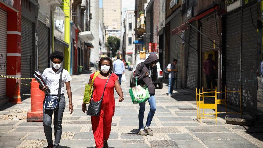 25.mar.2020 - Movimentação no centro da cidade de São Paulo  - DANILO M YOSHIOKA/FUTURA PRESS/ESTADÃO CONTEÚDO