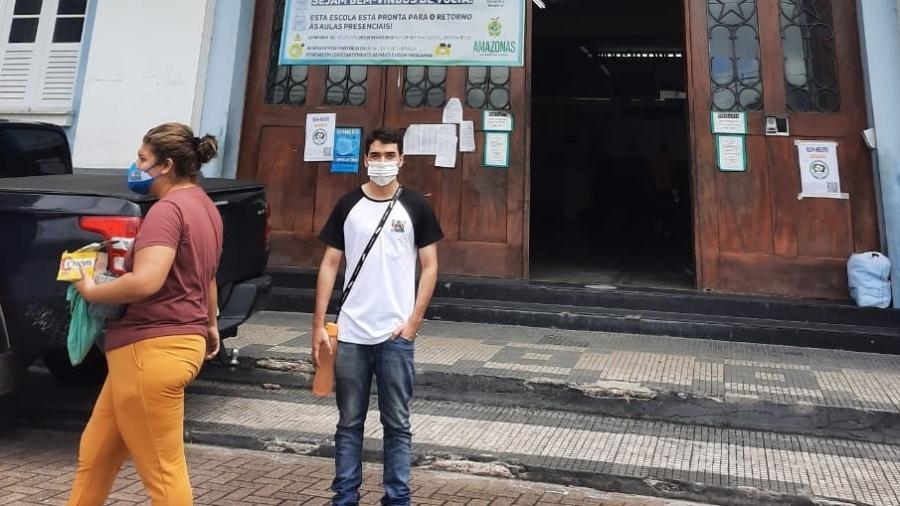 Estudante no IEA Centro, em Manaus, para a prova de reaplicação do Enem 2020; MPF e DPU querem reaplicação da prova no Amazonas - Rosiene Carvalho/UOL
