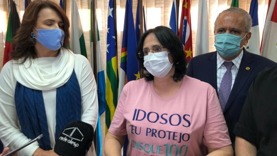Ministra Damares Alves dá entrevista na Alesp - Lucas Borges Teixeira/UOL