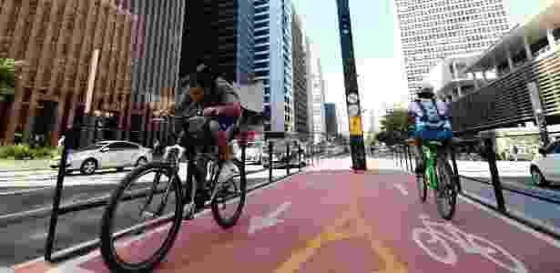 Ciclovia na avenida Paulista, um dos símbolos da cidade de São Paulo - Júnior Lago/UOL