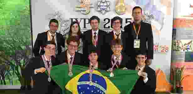 Brasil ganha prata na Copa do Mundo de Física - Organização IYPT - Organização IYPT