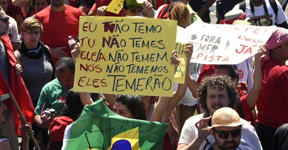7.set.2016 - Manifestantes no protesto O Grito dos Excluídos contra  o governo Temer em Brasilia