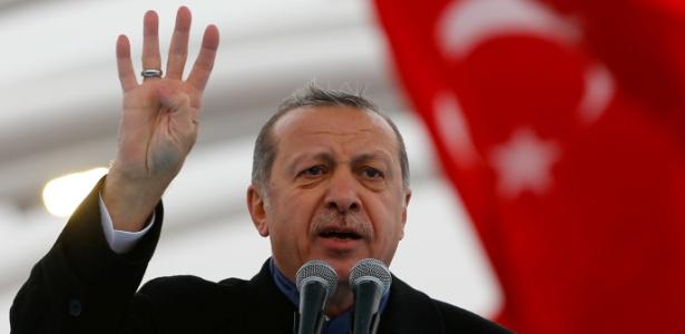 O presidente turco, Recep Tayyip Erdogan, discursa no último dia 20
