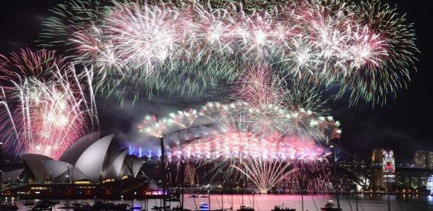 Queima de fogos celebra chegada de 2016 em Sydney, Austrália
