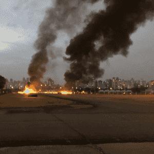 29.jul.2018 - Avião de pequeno porte cai no Campo de Marte, em São Paulo - Reprodução/Twitter