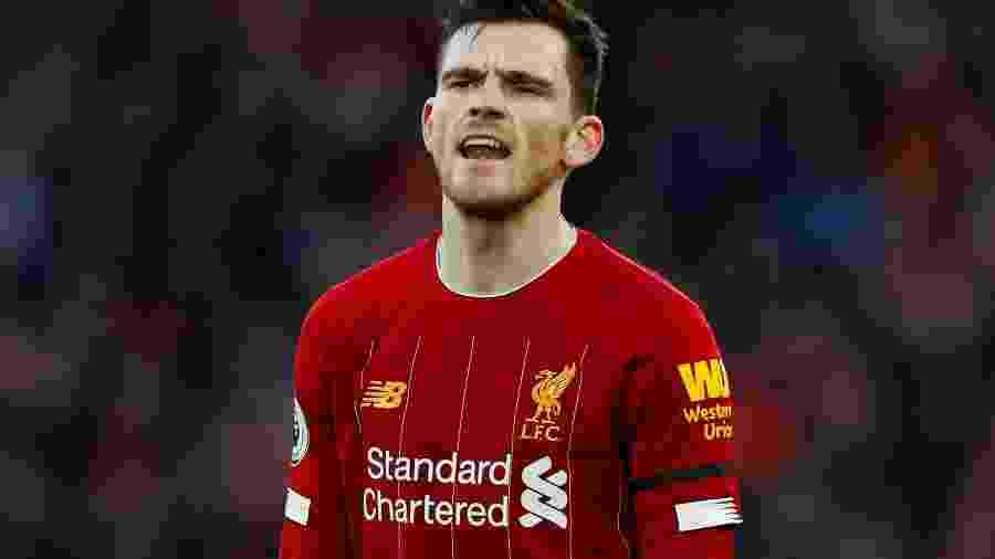 Tuíte antigo de Robertson virou tradição nos momentos pós-títulos do Liverpool -