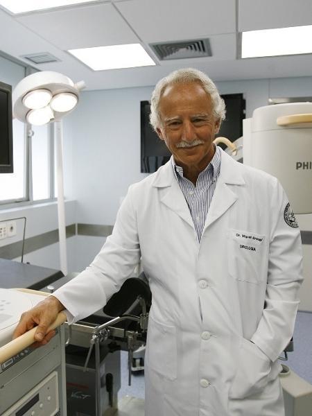 27.fev.2009 - Miguel Srougi, professor de urologia na faculdade de medicina da USP - Moacyr Lopes Junior/Folhapress