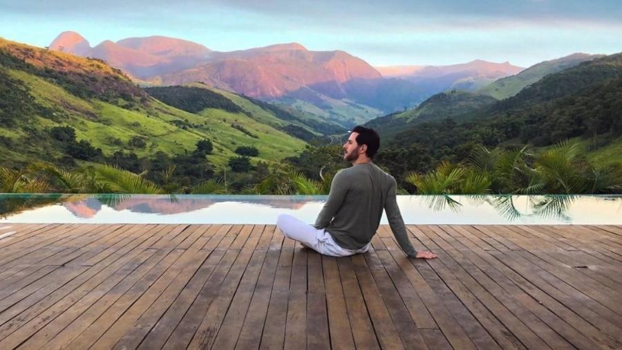 Ricardo Tozzi exibe a vista de sua casa na Serra Fluminense - Reprodução/Instagram
