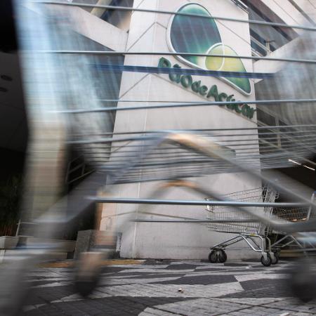 Procon-SP multou a Companhia Brasileira de Distribuição (Pão de Açúcar, Extra e Compre Bem) por infração a artigos do Código de Defesa do Consumidor - Nacho Doce/Reuters
