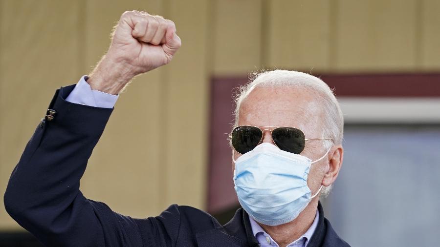 O democrata Joe Biden esteve na Pensilvânia ontem, um dos estados-chave para a definição da eleição presidencial - Kevin Lamarque/Reuters
