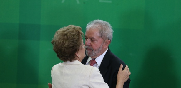 Lula volta a poder exercer o cargo de ministro e ganha foro privilegiado