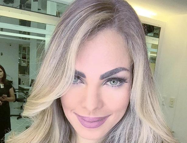 A ex-primeira-dama da Paraíba Pâmela Bório foi obrigada a apagar os posts que mencionam o nome do ex-marido e governador, Ricardo Coutinho (PSB)