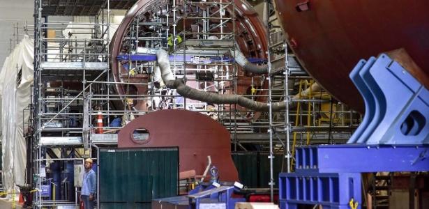 Obras do estaleiro para submarinos teriam sido superfaturadas, diz procurador