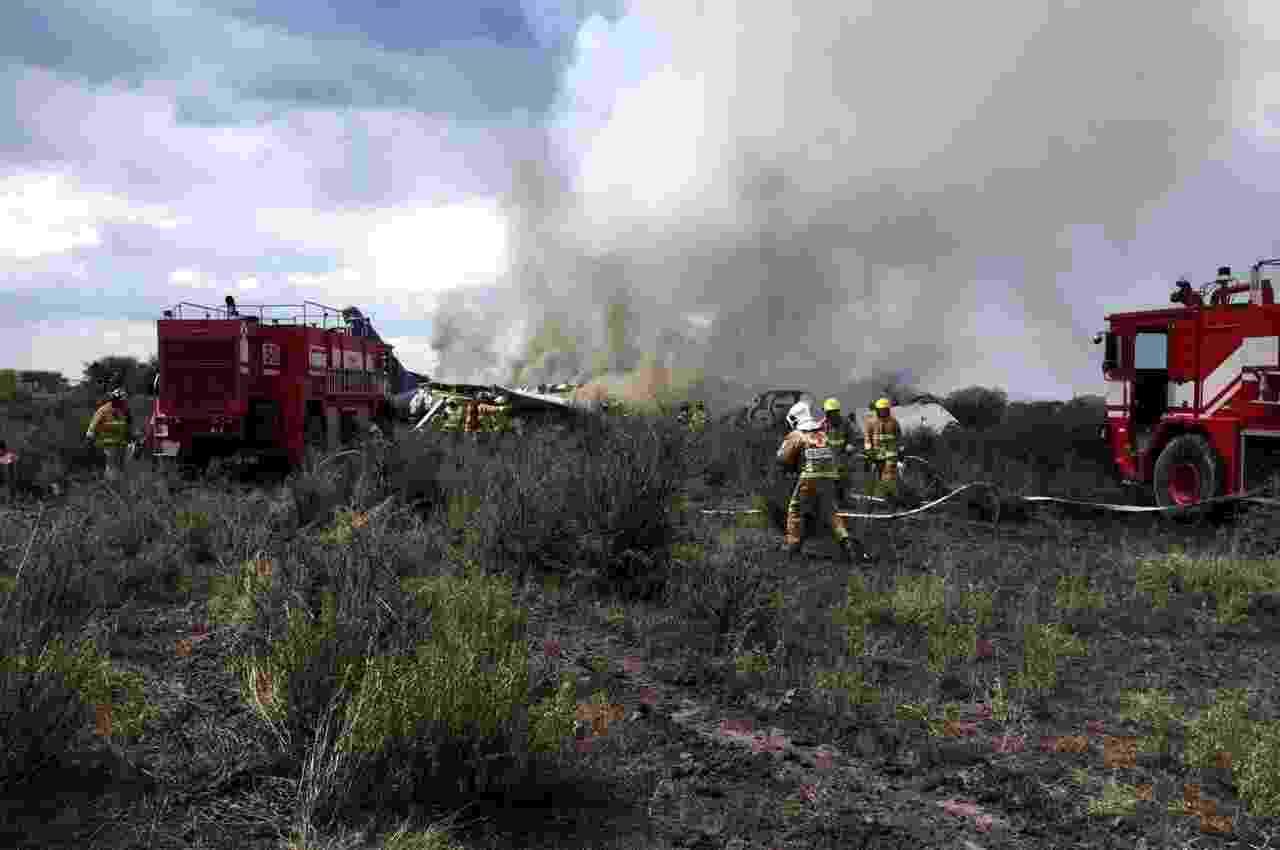 31.jul.18 - Avião com mais de cem passageiros cai em Durango, no México - Defesa Civil de Durango