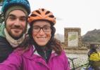 Casal que rodava o mundo de bicicleta tem o sonho destruído por militantes do Estado Islâmico - Simplycycling.org via The New York Times